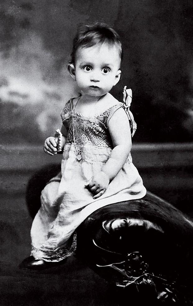 Gabriel García Márquez bebê, em 1927, na Colômbia (Foto: Random House Mondadori/EFE)