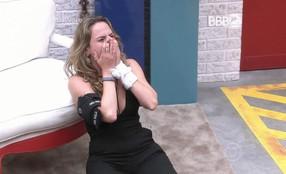 Paredão sem eliminação leva Ana Paula para segundo andar da casa do BBB 16