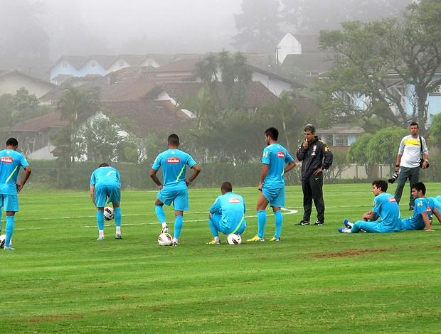 Emerson Ávila no treino da Seleção sub-20 (Foto: Marcelo Baltar / Globoesporte.com)