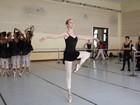 Escola de balé de Cuba recebe 1ª aluna dos EUA em tempo integral