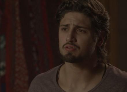 Rafael procura Lili para saber sobre gravidez