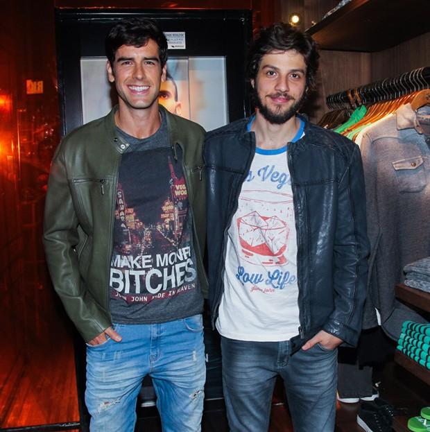 Marcos Pitombo e Chay Suede (Foto: Manuela Scarpa/Brazil News)