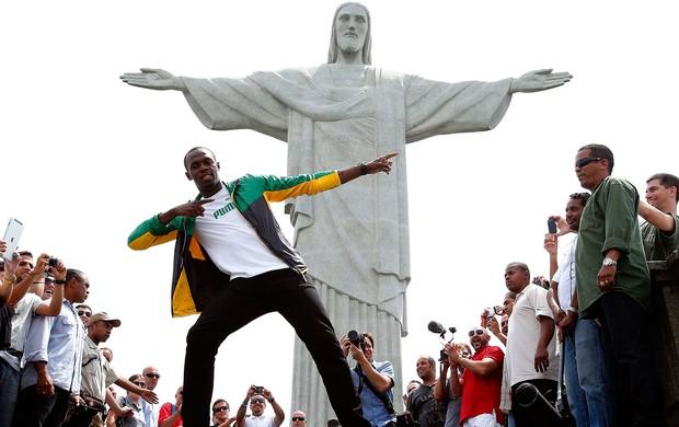 Bolt no Cristo Redentor Rio de Janeiro (Foto: Sergio Moraes / Reuters)