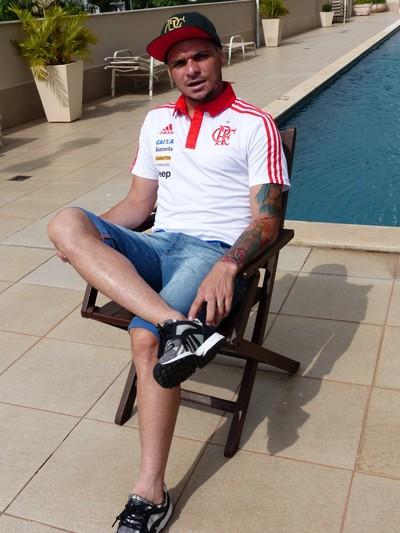 Pará conversou com o GloboEsporte.com em seu condomínio, na Zona Oeste do Rio (Foto: Fred Gomes/GloboEsporte.com)