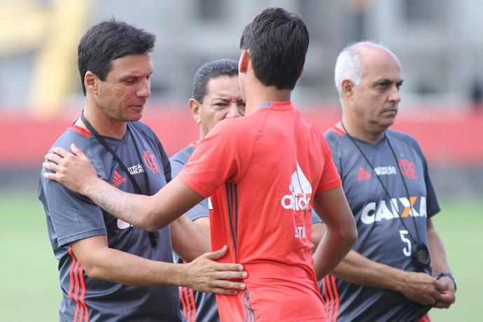 Zé Ricardo reencontra Lucas Paquetá, um dos pilares do seu sucesso no sub-20 (Foto: Gilvan de Souza / Flamengo.com.br)