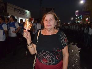 Maria Helena Tapajós, de 76 anos, agradeceu pela saúde. (Foto: Adonias Silva/G1)