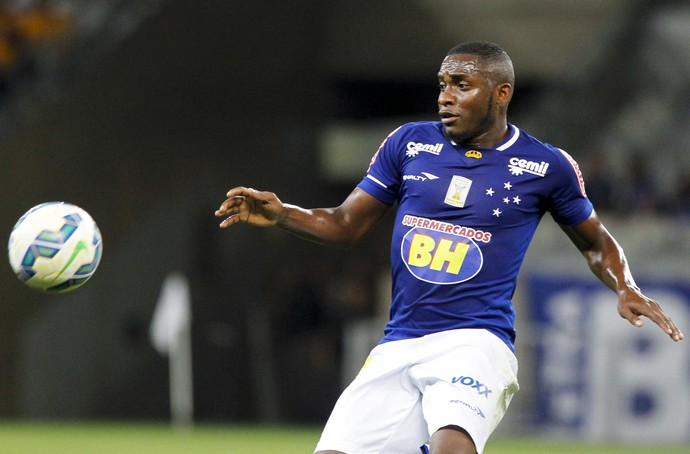 Cruzeiro; Willians (Foto: Washington Alves/Light Press)