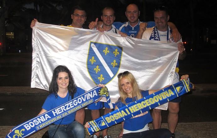 torcedores Bósnia (Foto: Thiago Soares)