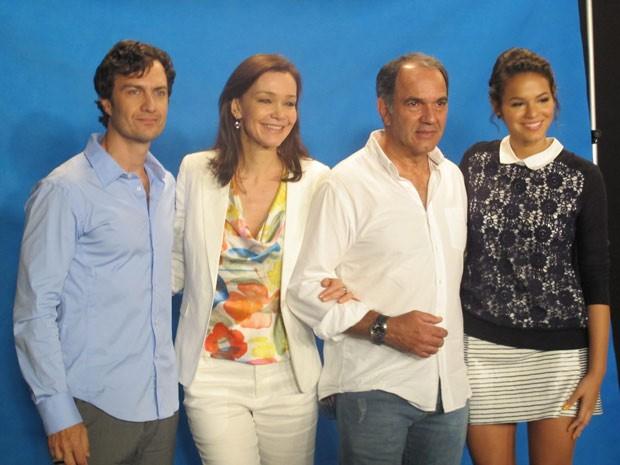 Gabriel Braga Nunes, Julia Lemmertz, Humberto Martins e Bruna Marquezine, os protagonistas  (Foto: Alba Valéria Mendonça/ G1)