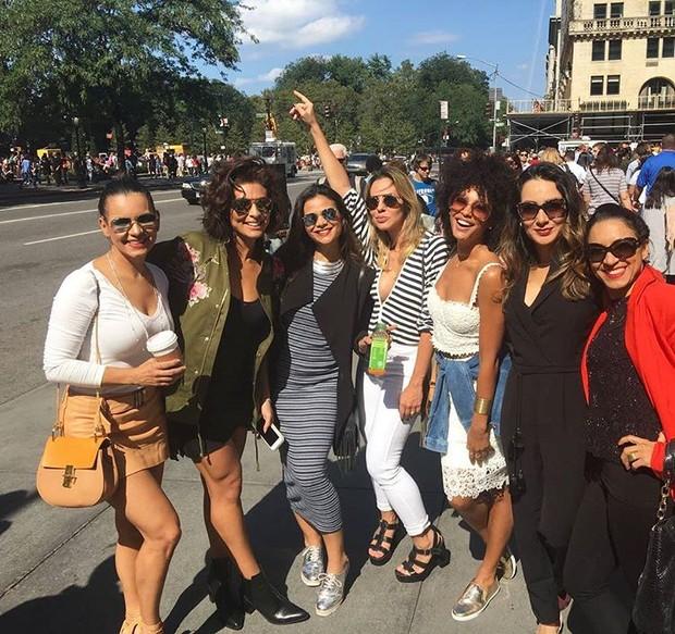 Juliana Paes e amigas em Nova York (Foto: Reprodução / Instagram)