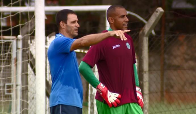 Luis Henrique goleiro Guarani (Foto: Carlos Velardi / EPTV)