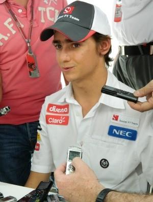 Esteban Gutiérrez no paddock de Interlagos (Foto: Felipe Siqueira / GLOBOESPORTE.COM)