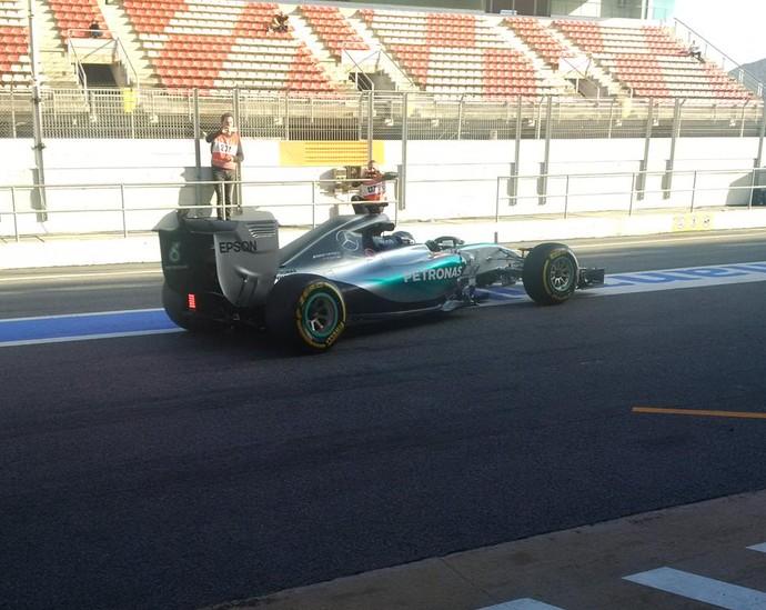 Com pneus macios (amarelos), Nico Rosberg foi imbatível e abaixou os tempos para a casa de 1m22s (Foto: Divulgação)