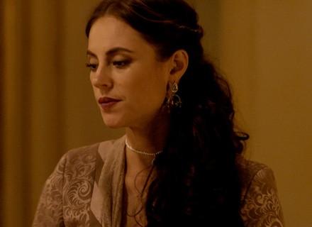Melissa flagra cena romântica de Felipe e Lívia