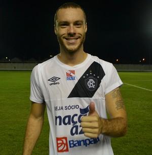 Zagueiro Henrique, do Remo, autor do gol que definiu a partida (Foto: Rafael Moreira/GE-AP)