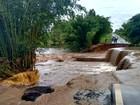 Ponte sobre o Rio Iacri desaba em Herculândia