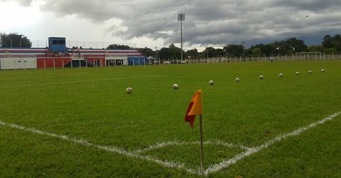 Estádio Castanheirão, em Miracema do Tocantins (Foto: Vilma Nascimento/GloboEsporte.com)