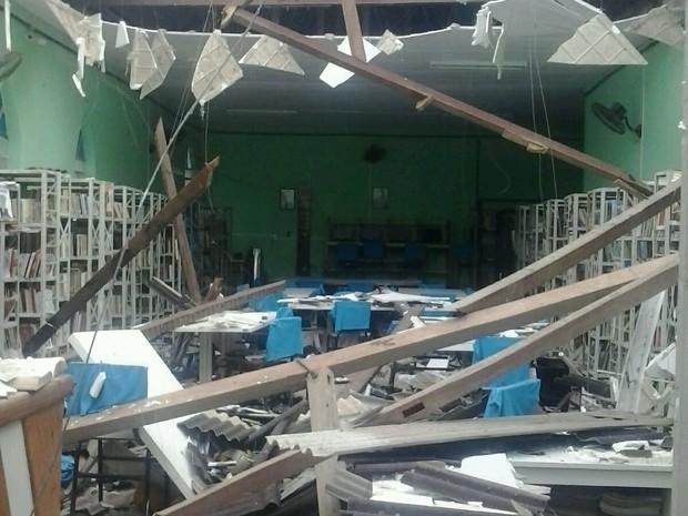 Ninguém ficou ferido no acidente ocorrido na biblioteca de Belo Jardim (Foto: Divulgação/ Ascom Belo Jardim)