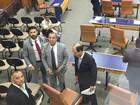 Médicos fazem ato contra o fim dos contratos temporários, em Goiânia