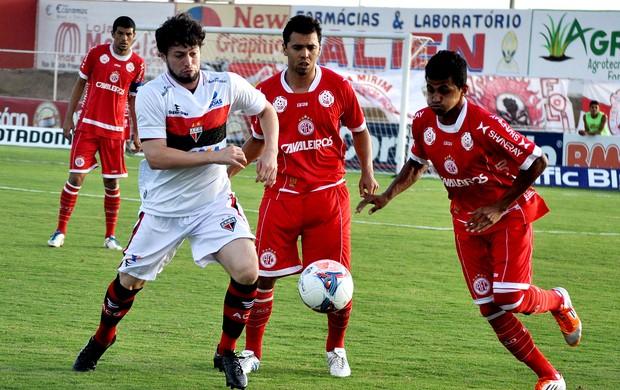 jogo América-RN e Atlético_GO (Foto: Frankie Marcone / Ag. Estado)