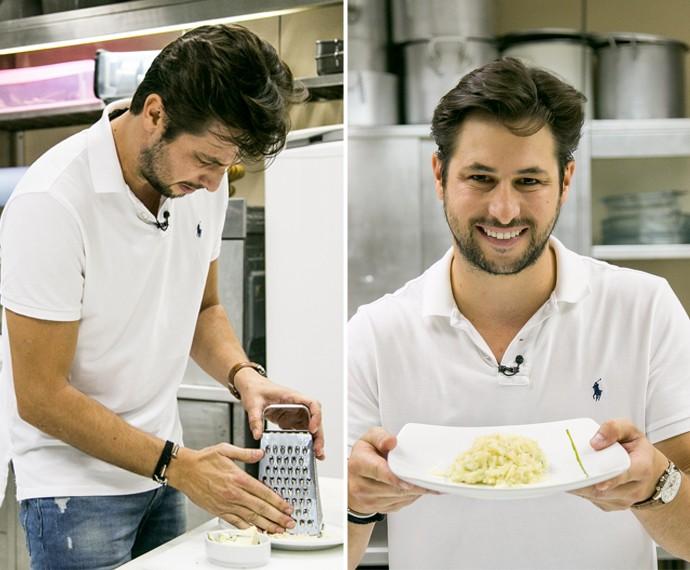 Ex-brother faz receita de risoto aos quatro queijos e mostra dotes culinários (Foto: Isabella Pinheiro/ Gshow)