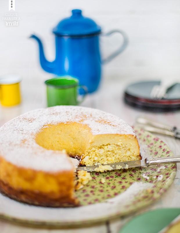 O bolo de milho-verde da fazenda: preparo rápido no liquidificador e resultado garantido (Foto: Rogério Voltan/Editora Globo)