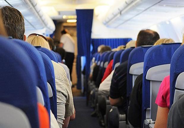 Max Milhas ; milhagem ; compra de milhas ; passageiros de avião ;  (Foto: Pexels)