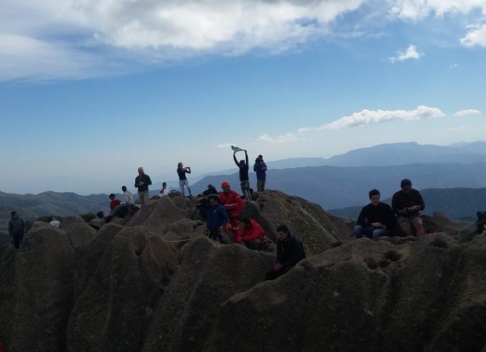 Você vai rever a aventura do Plugue no Pico das Agulhas Negras (Foto: Plugue)