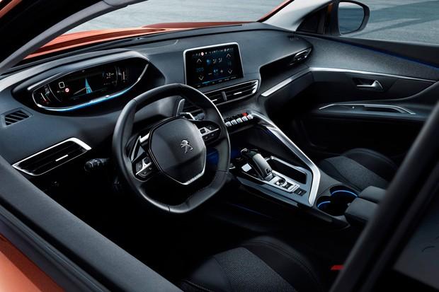 Painel do Peugeot 3008 possui duas telas touch (Foto: Divulgação)