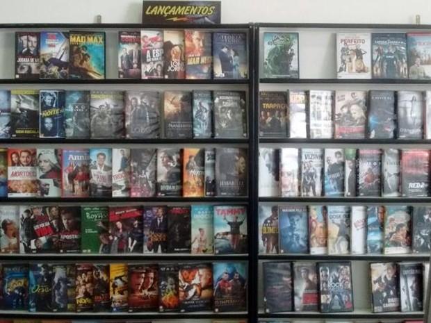 Dona de locadora já vende filmes para fechar loja (Foto: Arquivo Pessoal/ Hilda Adnolfi)