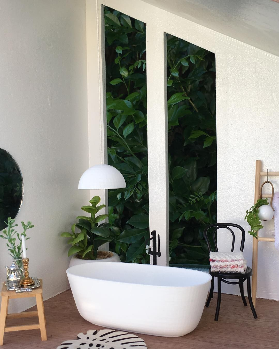Banheiro de casa ou spa?  (Foto: Reprodução Instagram @mini_modern_designs)