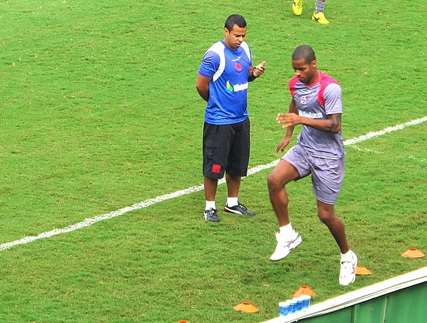 Dedé no treino do Vasco (Foto: Gustavo Rotstein / Globoesporte.com)