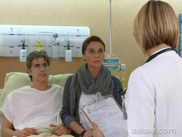 Cadu e Clara recebem a notícia: ele terá que passar por um transplante! (Foto: Em Família/TV Globo)