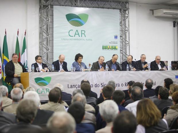 Ministra do Meio Ambiente, Izabella Teixeira, lança o Cadastro Ambiental Rural no RS (Foto: Gustavo Gargioni/Especial Palácio Piratini)