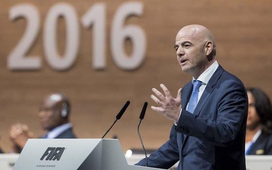 Gianni Infantino é eleito o novo presidente da FIFA (Foto: Ennio Leanza/EFE)