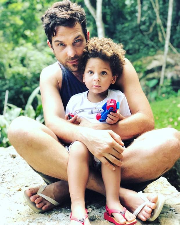 Igor Rickli e o filho, Antônio (Foto: Reprodução/Instagram)