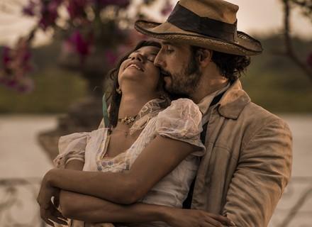 Leonor beija Afrânio e ousa com declaração: 'Meu amô!'