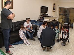 Após três tentativas de ter menina, casal teve cinco filhos, em Itapetininga (Foto: Lucas Cerejo/TV TEM)