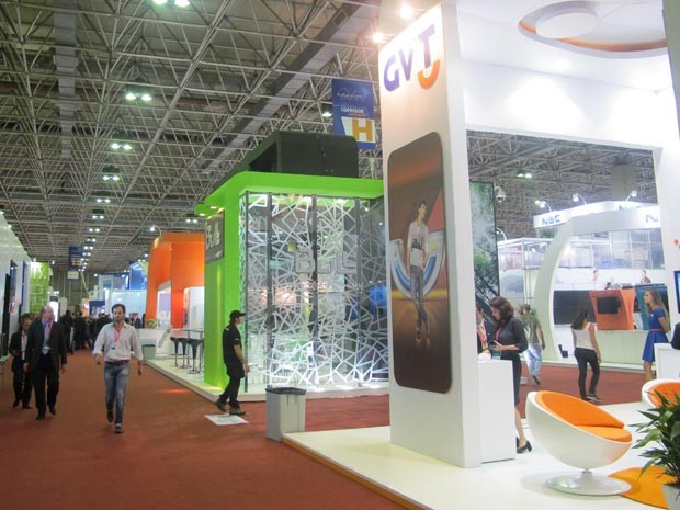 No Riocentro, emprsas de telecomonicações expõe seus produtos e serviços na Futurecom (Foto: Lilian Quaino/G1)