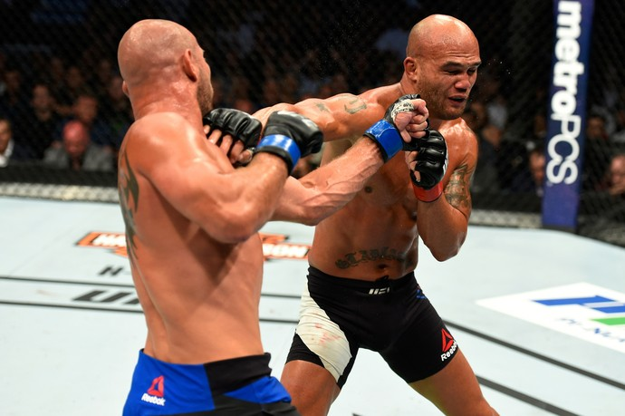 Robbie Lawler x Donald Cerrone UFC 214 (Foto: Getty Images)