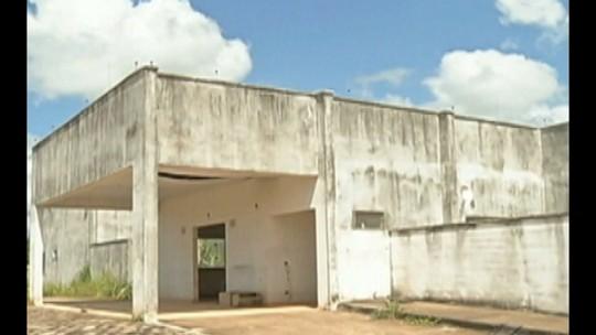 Em Redenção, obras paradas de UPA sobrecarregam sistema de saúde