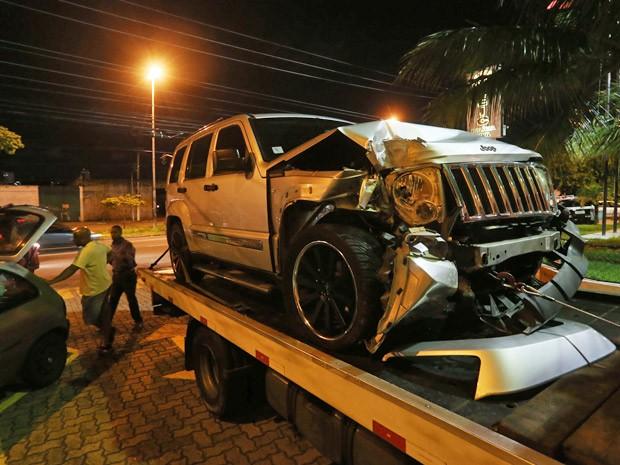 Cherokee blindada do ex-senador boliviano Andress Guzman, assassinado pelo motorista do empresário Olacyr de Moraes nesta sexta-feira (Foto: Alex Silva/Estadão Conteúdo)