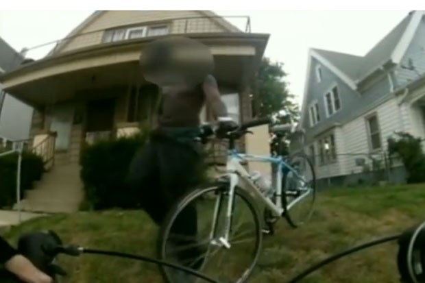 Grupo conseguiu recuperar bicicleta roubada. (Foto: Reprodução)