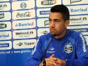 Saimon zagueiro Grêmio (Foto: Tomás Hammes / GloboEsporte.com)