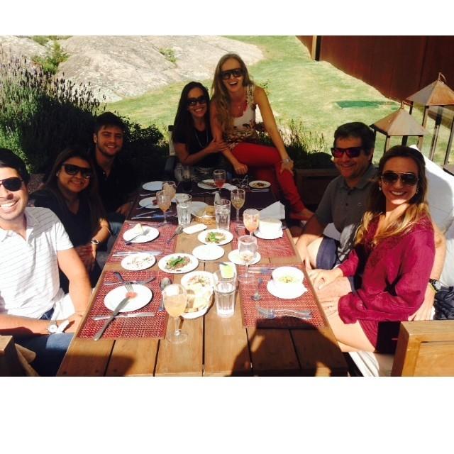 Angélica com amigas (Foto: Instagram / Reprodução)