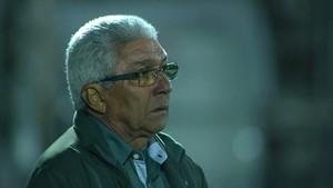 Givanildo Oliveira comandou o América-MG na vitória sobre o Bragantino (Foto: Reprodução/Premiere)