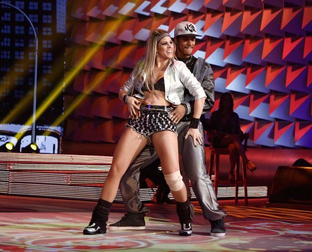 Marcello Melo Jr e Raquel Guarani (Foto: Fábio Rocha / TV Globo)