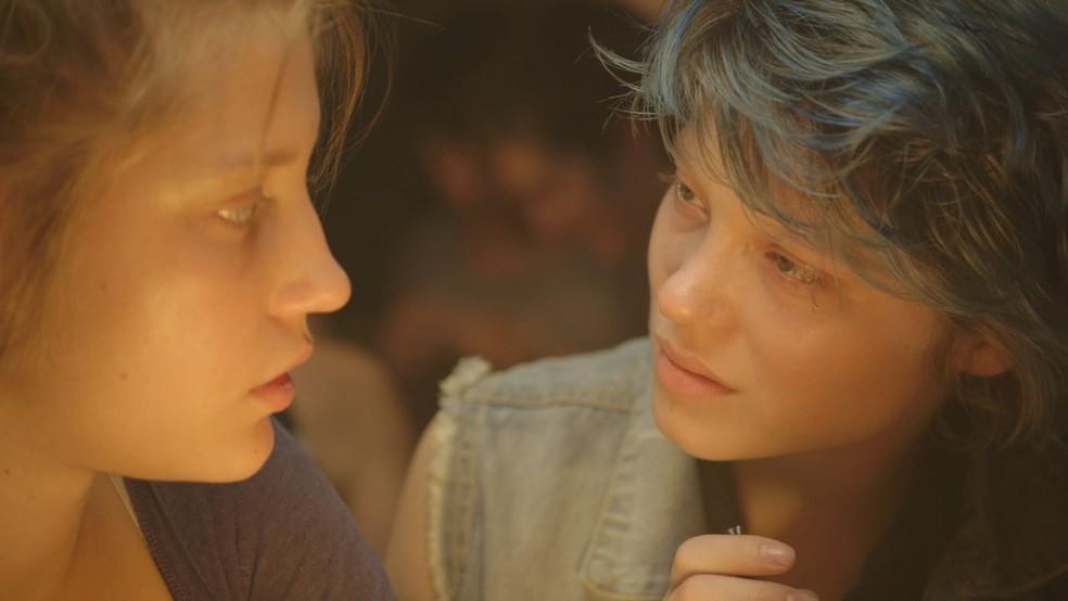 Adèle Exarchopoulos e Léa Seydoux em 'Azul é a cor mais quente' (Foto: Divulgação)