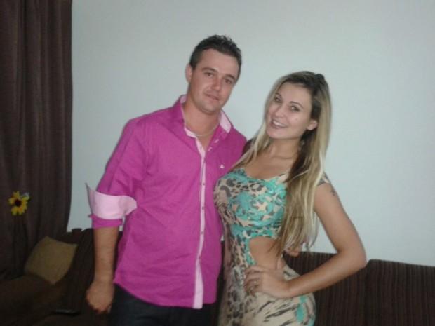 Andressa Urach com o meio-irmão Ricardo (Foto: Arquivo Pessoal)