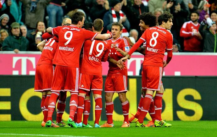 Bayern de Munique comemoração gol contra o Schalke (Foto: AP)